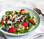 Berry Pomegranate Spinach Salad